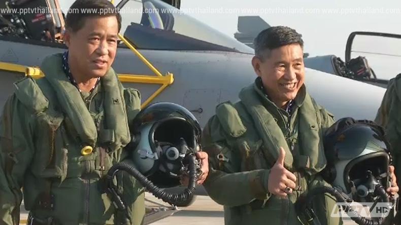 ผบ.สส.ขับกริพเพนตรวจเยี่ยมกองบิน 7 สุราษฎร์ฯ