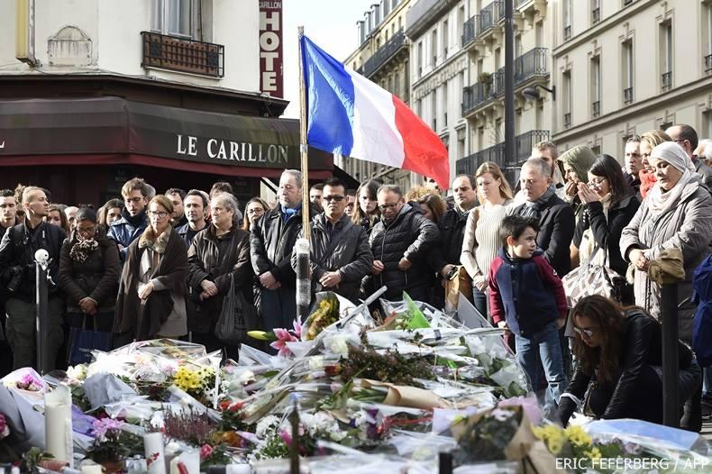 ฝรั่งเศสระดมกำลังกว่า1แสนคนรักษาความปลอดภัย-พบ 128 ผู้ต้องสงสัยร่วมก่อเหตุโจมตีปารีส