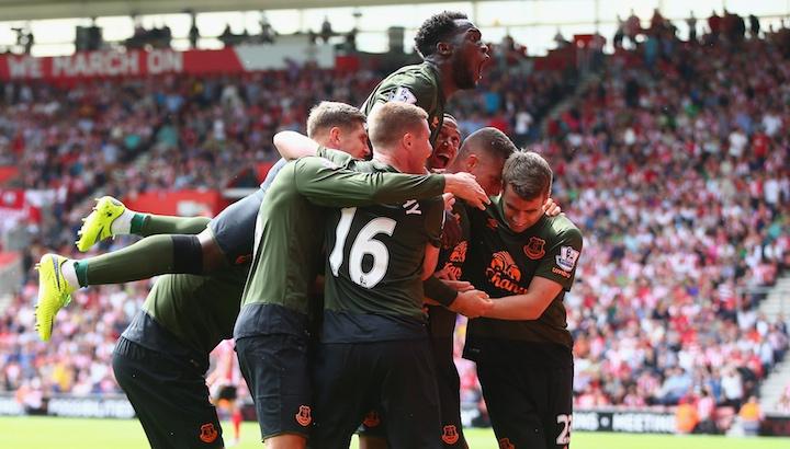 Premier League: ลูกากูเบิ้ลนำท็อฟฟี่บุกถล่มนักบุญยับ 3-0