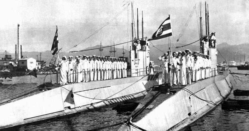 """เรือดำน้ำ"""" มัจฉานุ """" เรือดำนำชุดแรกในประวัติศาสตร์ราชนาวีไทย"""