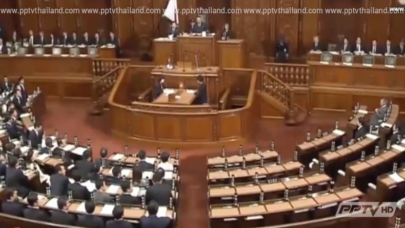 คะแนนนิยมผู้นำญี่ปุ่นลดฮวบ หลังผลักดันกฎหมายเพิ่มอำนาจทหาร