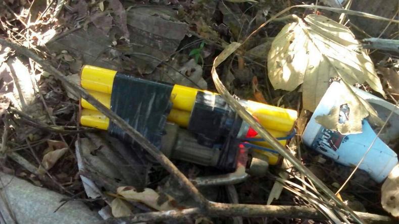 พบระเบิดแสวงเครื่อง-อำนาจทำลายล้างสูง ทางเข้าไร่อ้อย จ.อุบลฯ