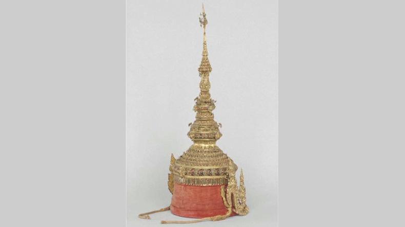 """บุกโจรกรรม""""พระมหาพิชัยมงกุฎจำลอง"""" จากพิพิธภัณฑ์ปารีส"""