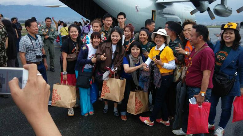 C130 รับคนไทยชุดแรกกลับบ้านแล้ว ถึงประเทศ 5 ทุ่มวันนี้