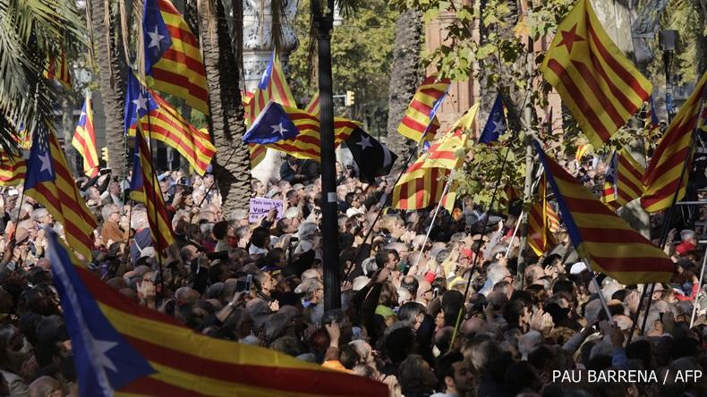 สภาบาร์เซโลนา แคว้นกาตาลุญญา อนุมัติแผนแยกตัวออกจากสเปน ปี 2017