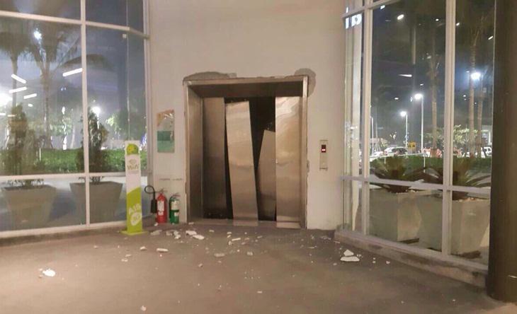 ใต้ป่วนหนัก!คาร์บอมบ์ลานจอดรถห้างดังเกาะสมุย-เพลิงไหม้สหกรณ์โคออป สุราษฎร์-พังงา
