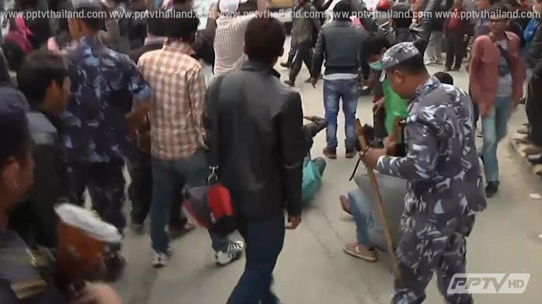 ผู้ประสบภัยเนปาลลุกฮือก่อจลาจล โวยทางการไม่ช่วยเหลือ