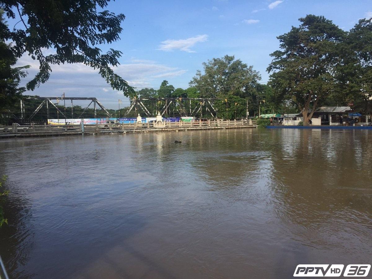 คาดน้ำท่วมอำเภอเมืองเพชรบุรี คลี่คลายพรุ่งนี้