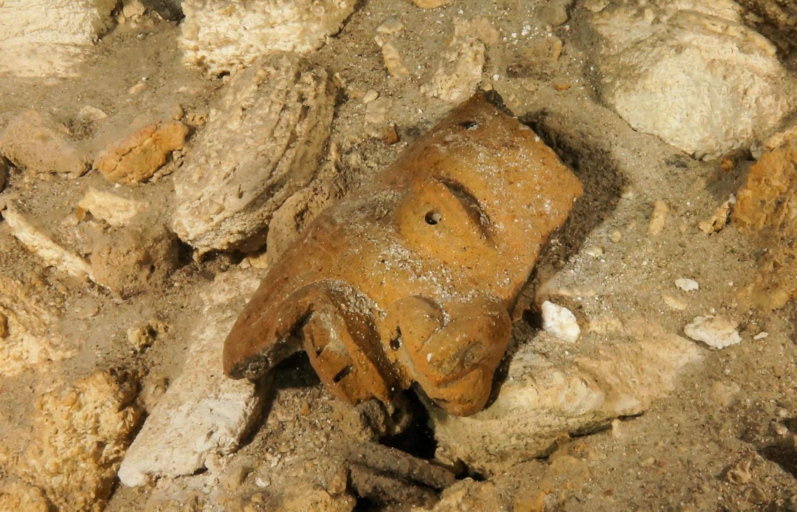 พบฟอสซิล-โบราณวัตถุ ในถ้ำใต้น้ำยาวที่สุดในโลก