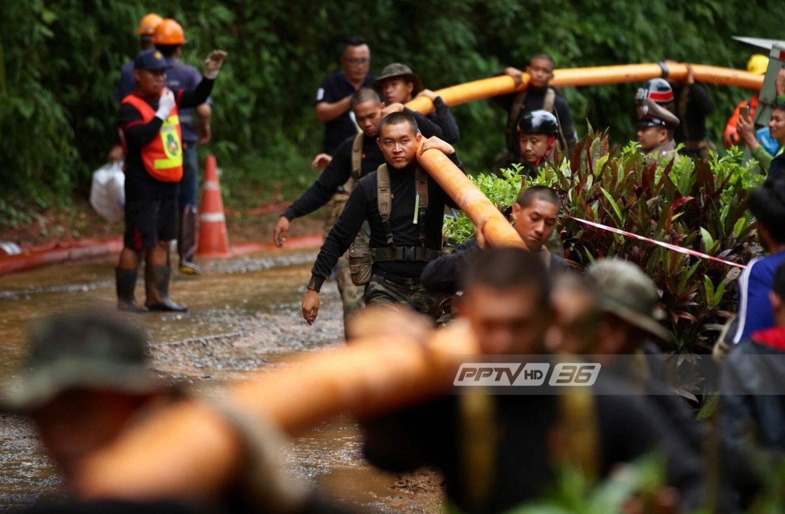 รวมภาพเหล่าฮีโร่ที่ช่วยเด็กทั้ง 13 ชีวิตทีมหมูป่าอะคาเดมี