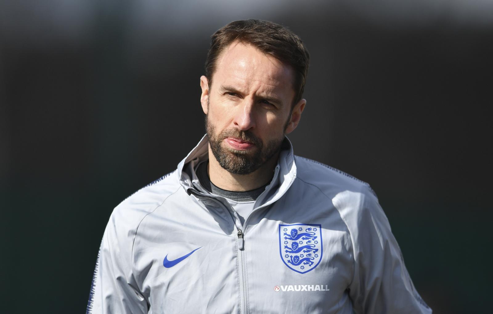 """""""เลิฟ"""" ขึ้นแท่นกุนซือทีมชาติลุยฟุตบอลโลกค่าจ้างแพงสุด"""