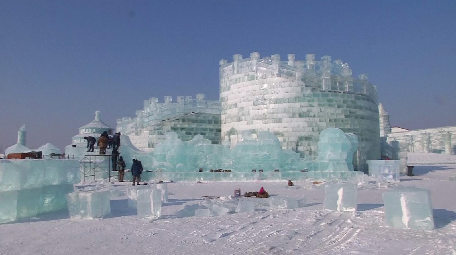จีนเตรียมเปิดฉากเทศกาลน้ำแข็งนานาชาติฮาร์บิน ครั้งที่ 34