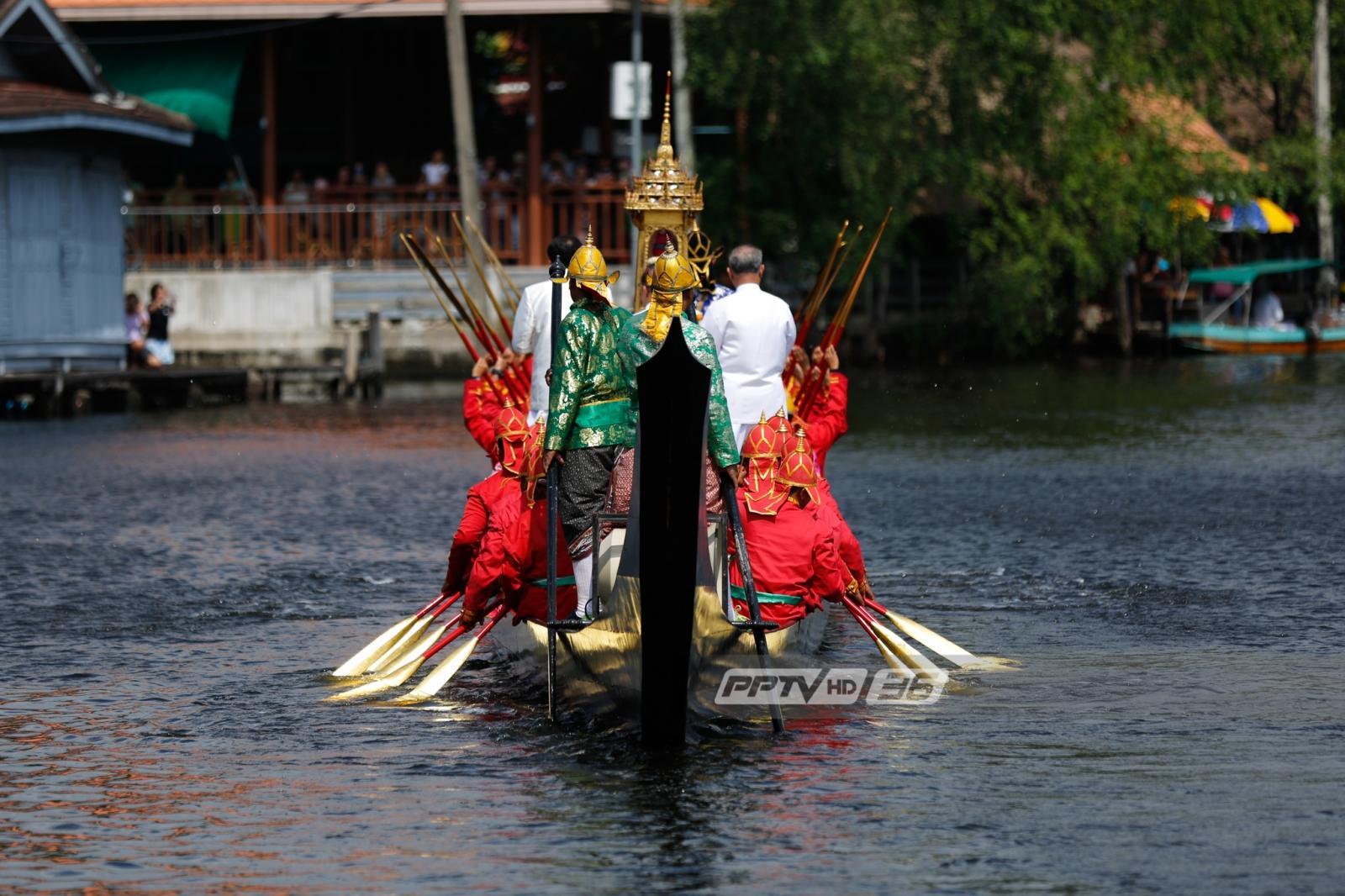 ชาวฝั่งธนบุรีสืบสานประเพณีชักพระทางน้ำ