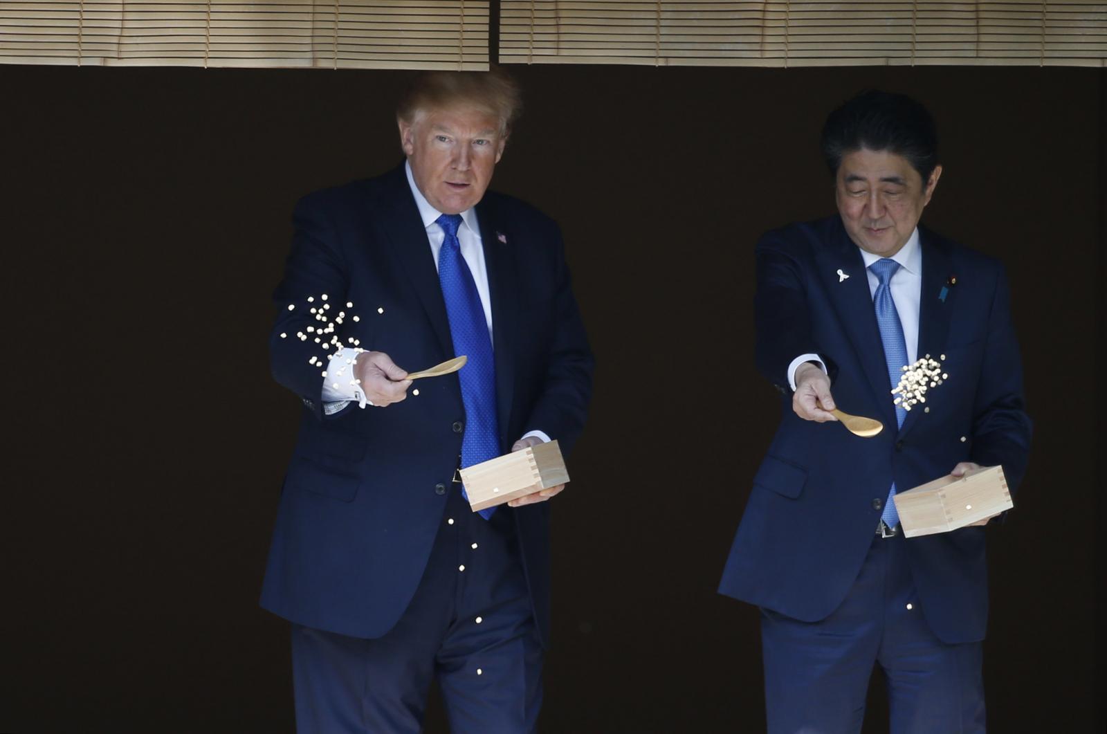 """ญี่ปุ่นจัดพิธีต้อนรับ """"ทรัมป์"""" อย่างเป็นทางการ"""