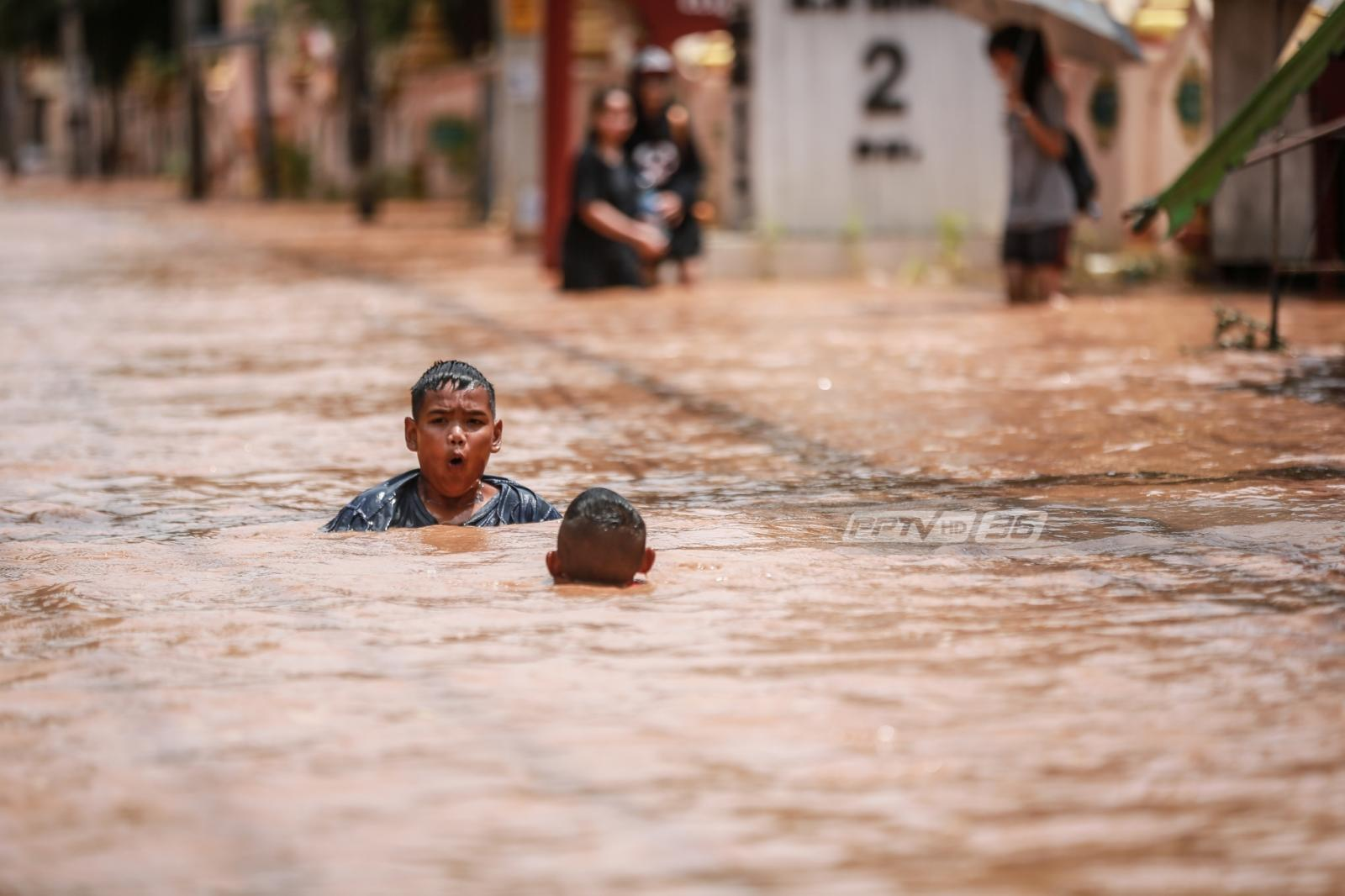 ผู้ประสบภัยน้ำท่วมต้องระวัง 3 โรคภัยที่มากับสายน้ำ