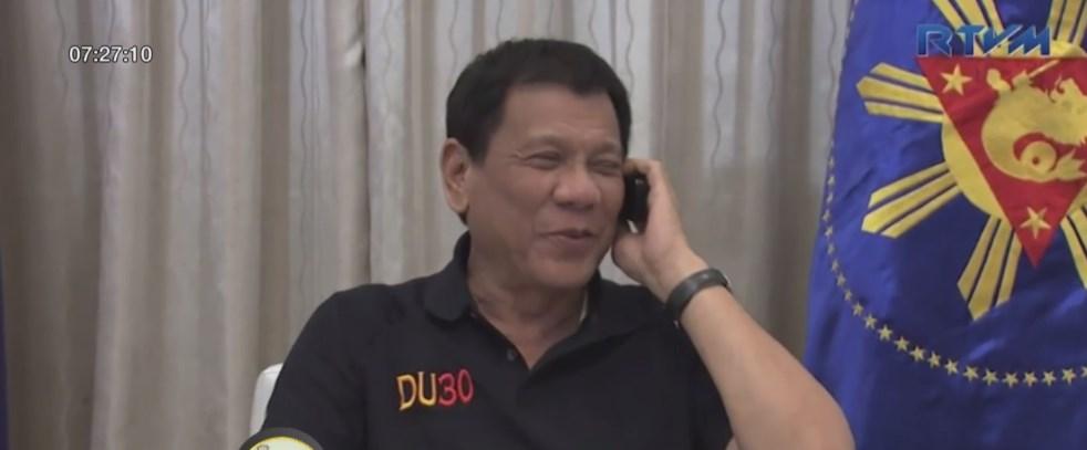"""รอง ปธน.ฟิลิปปินส์ สละเก้าอี้รัฐมนตรี เหตุขัดแย้ง """"ดูเตร์เต"""""""