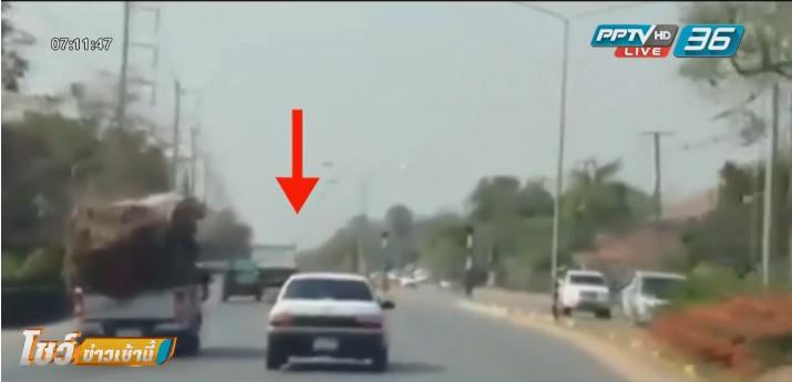 หนุ่มซิ่งเก๋งขวางหน้ารถกู้ภัยอ้างกินยาแก้แพ้จนขับรถหลับใน