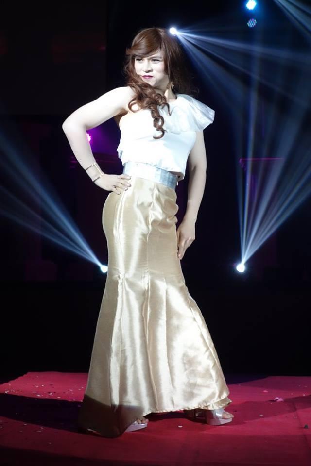 แม่ก็คือแม่ ! คำกล่าวเปิดเวทีประกวด Miss Satellite UTCC 2015 สุด Strong !!!