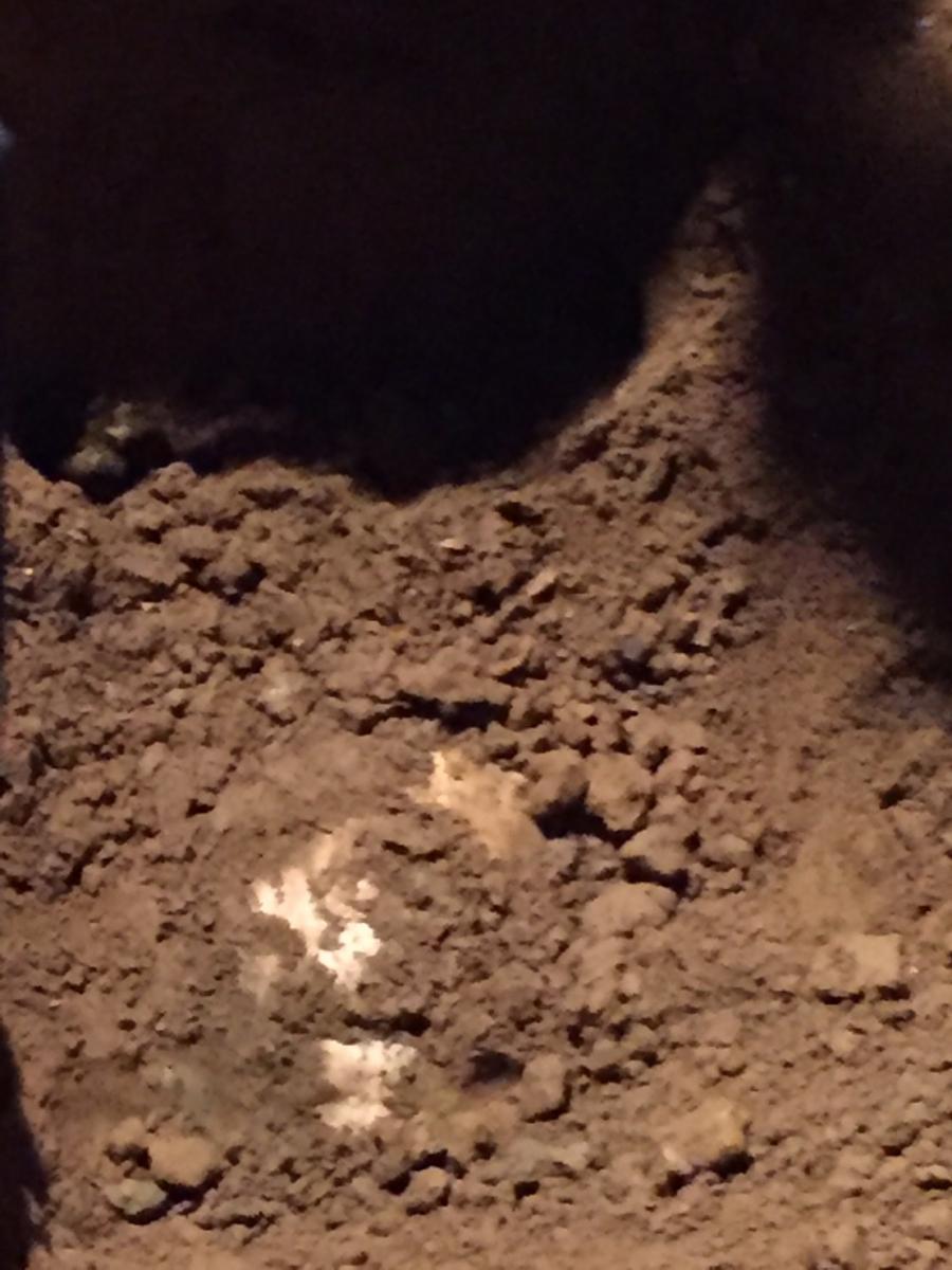 พบศพ สาวทอม ถูกฆ่าฝังดินหมกรีสอร์ทร้างในเมืองกาญฯ
