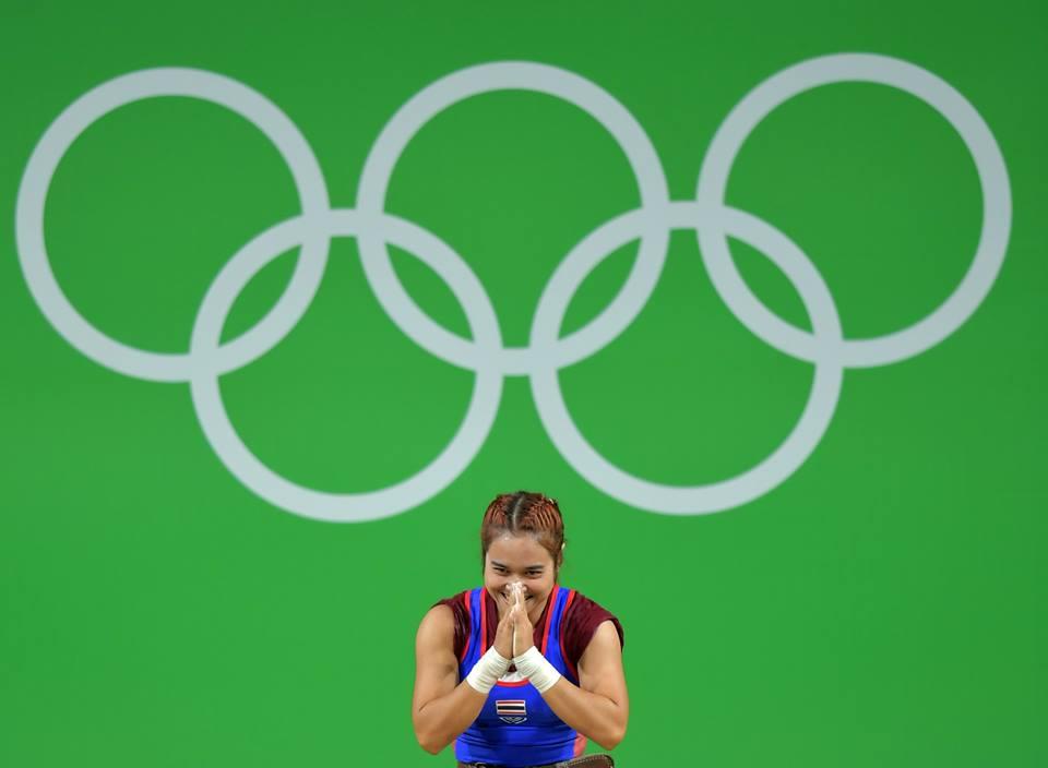 """""""โสภิตา"""" จอมพลังสาวประเดิมทองแรกให้กับทัพนักกีฬาไทย"""