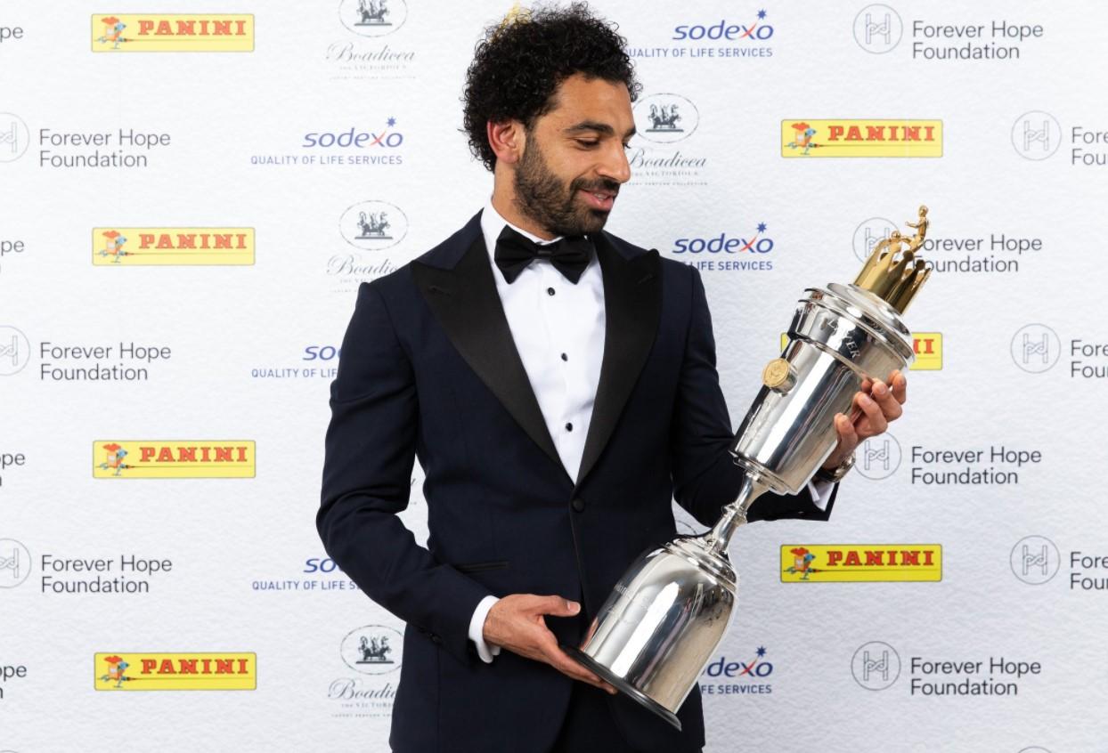 """""""ซาลาห์"""" คว้ารางวัลแข้งยอดเยี่ยม """"สมาคมนักฟุตบอลอาชีพอังกฤษ"""""""