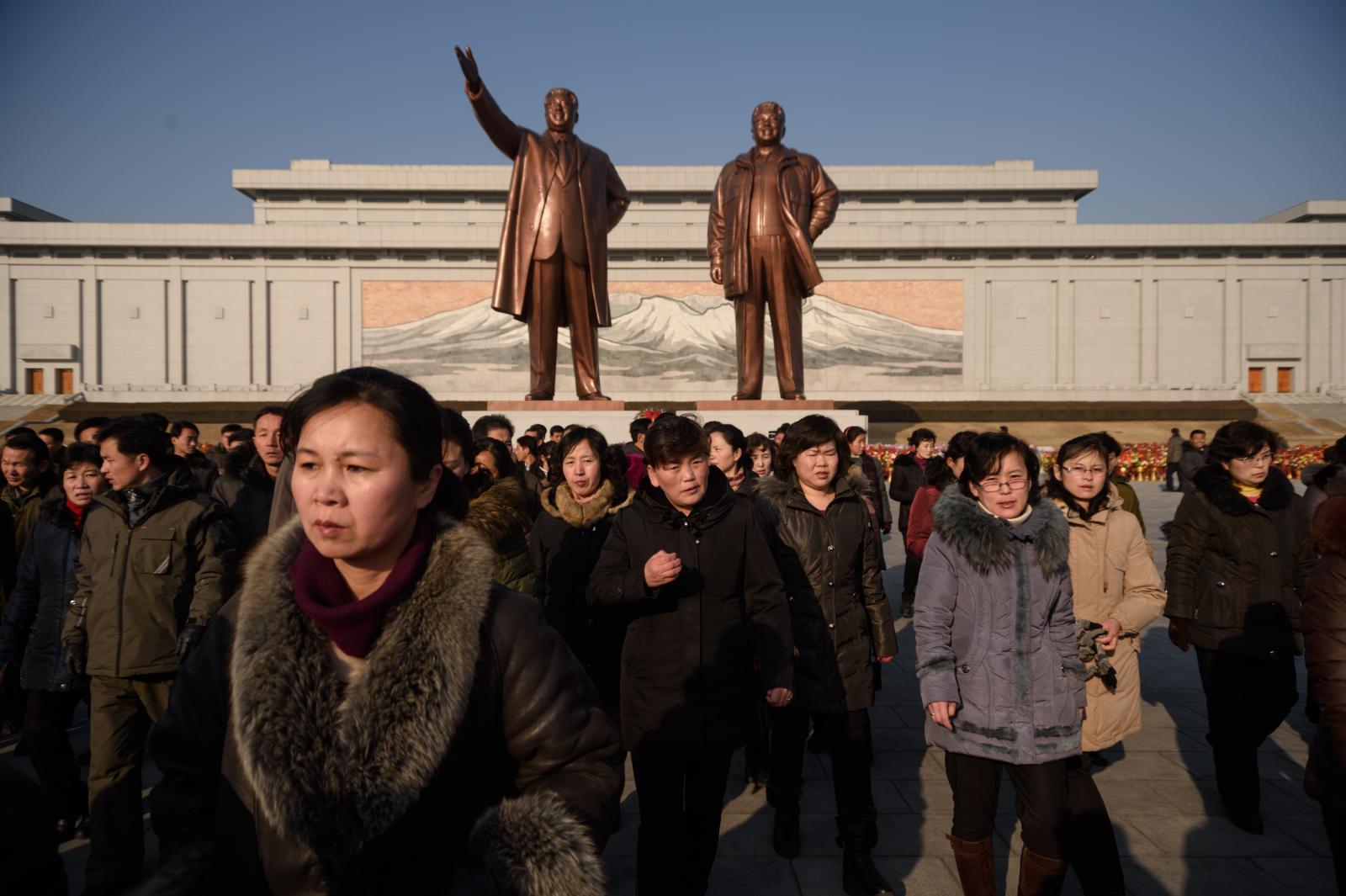 """ใครเป็นใครใน """"ตระกูล คิม"""" แห่งเกาหลีเหนือ"""