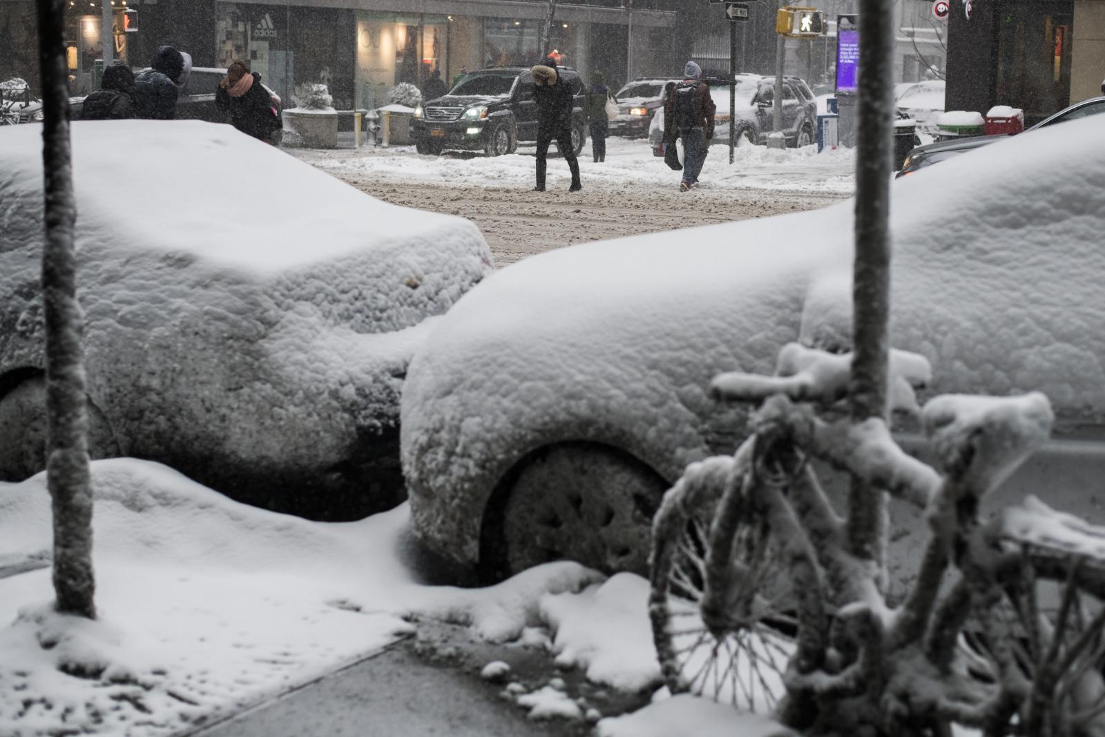 นิวยอร์กอ่วม!! ประกาศภาวะฉุกเฉินรับมือพายุฤดูหนาวรุนแรง