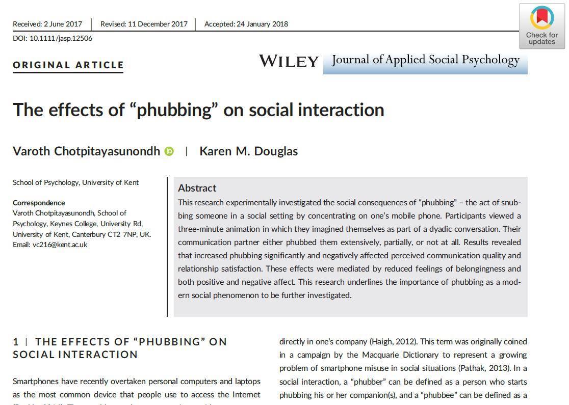 """งานวิจัย ชี้ """"สังคมก้มหน้า"""" ทำลายสุขภาพจิตคู่สนทนา"""
