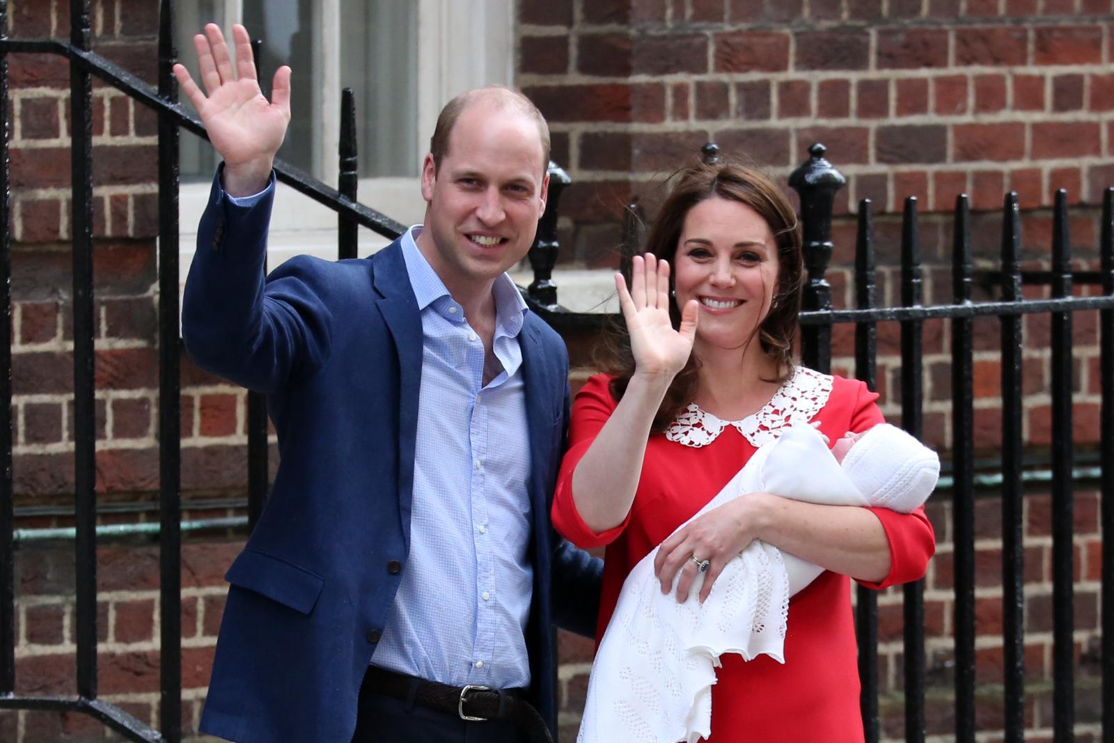 ยลโฉมพระโอรสพระองค์ใหม่แห่งราชวงศ์อังกฤษ