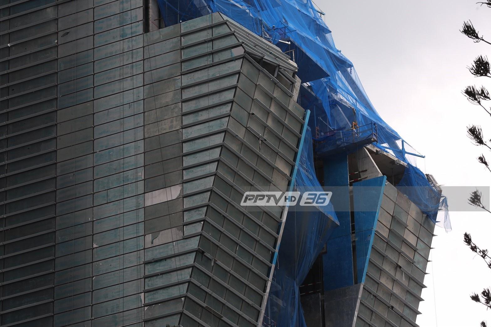 หวาดเสียว! อาคารสูงกำลังก่อสร้างดีไซน์เอียง
