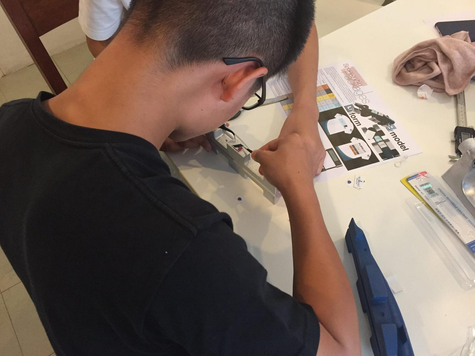 """เด็กไทยลงแข่งผลิตรถ """"เอฟวัน"""" จำลองระดับโลก"""