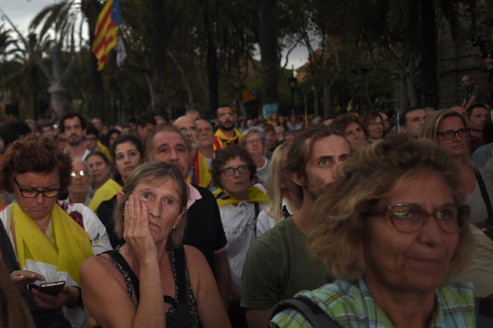 """ผู้นำกาตาลุญญาเลื่อน """"ประกาศเอกราช"""" เปิดทางเจรจาสเปน"""