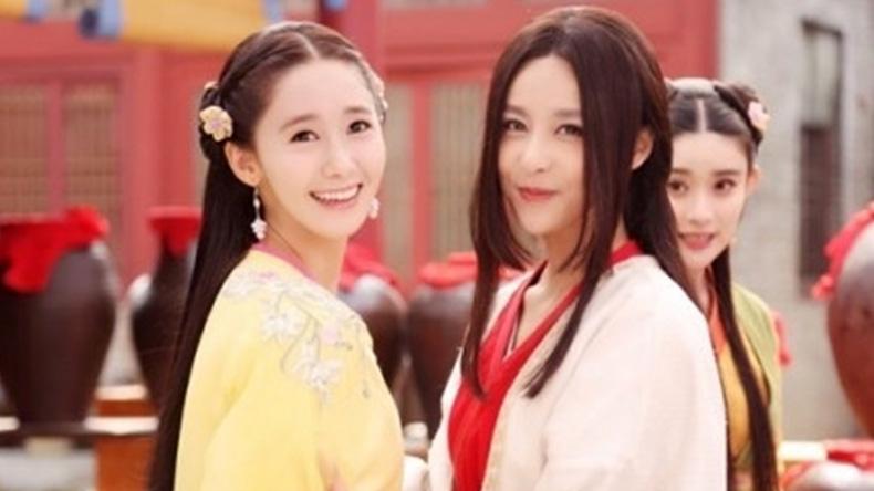 """สวยทะลุเลนส์! """"ยุนอา"""" ในชุดจีนจากกองซีรีส์แดนมังกร"""