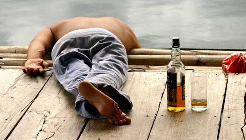 สธ.ชี้ดื่มเหล้าช่วงอากาศร้อน เสี่ยงช็อกตายเพราะร่างกายขาดน้ำ