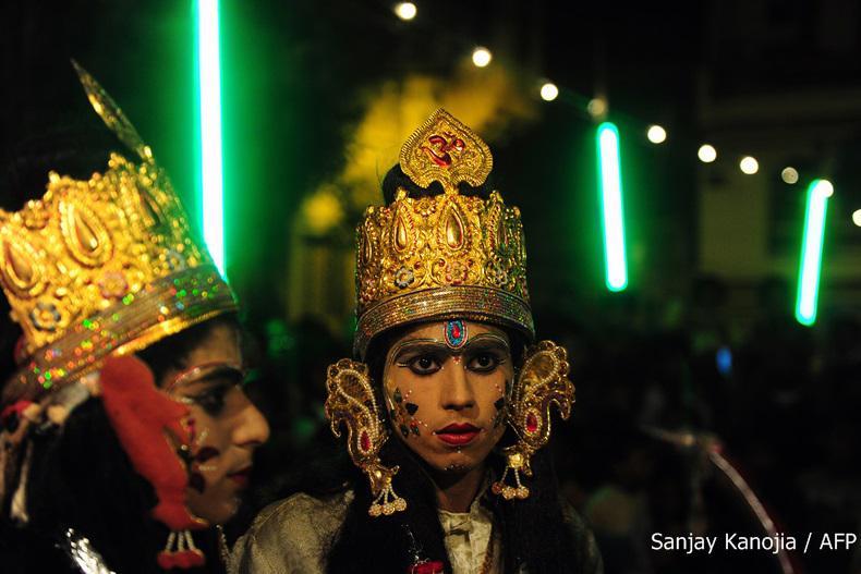 ประมวลภาพเทศกาลดูเซร่าประกาศชัยชนะของชาวฮินดูทั่วโลก!
