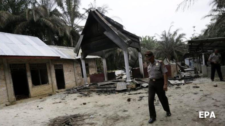 อาเจะห์ตึงเครียด! มุสลิมนับร้อยบุกเผาโบสถ์ ดับ 1 ราย เจ็บ 4 ราย