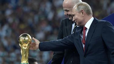 """รัสเซีย-กาตาร์ ปัดติดสินบน """"ฟีฟ่า"""" เพื่อเป็นเจ้าภาพบอลโลก"""