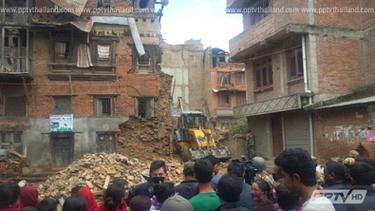 ยอดผู้เสียชีวิตแผ่นดินไหวเนปาลทะลุ 6,600  ราย