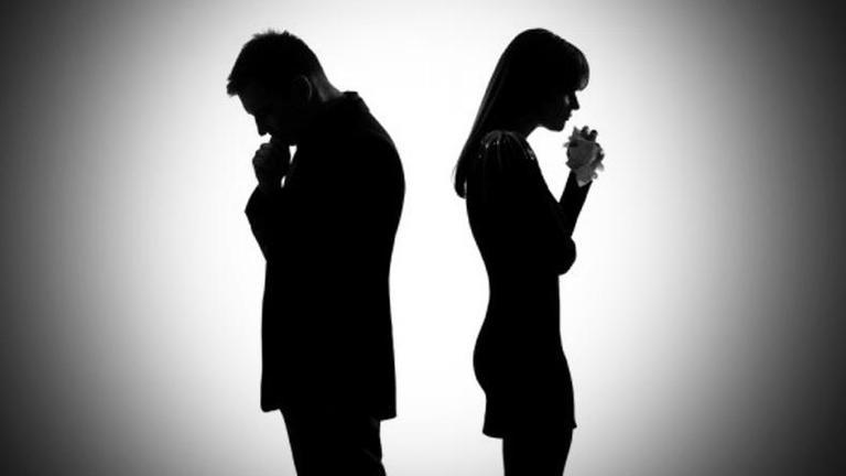 สธ.เผยคู่รักหย่าร้างเพิ่มขึ้นปีละแสนคู่ เหตุเครียด-ปัญหาเศรษฐกิจ