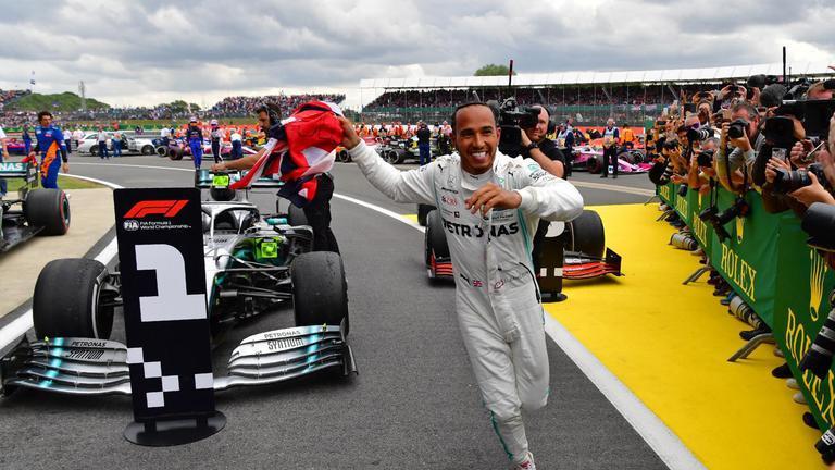 """""""แฮมิลตัน"""" ผงาดแชมป์ F1 บริติช กรังด์ปรีซ์มากสุด"""