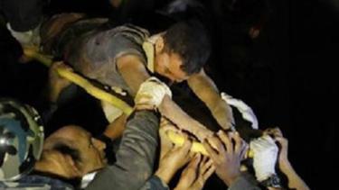 กู้ภัยช่วยเหยื่อแผ่นดินไหวเนปาลวัย 28 ปี ติดซากตึก 5 วัน รอดชีวิตปาฎิหารย์