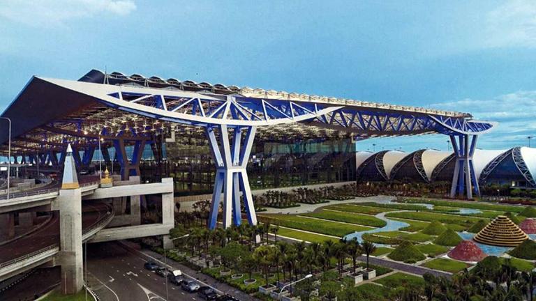 """""""สุวรรณภูมิ"""" ติดอันดับ 47 สนามบินดีที่สุดในโลก 2015"""
