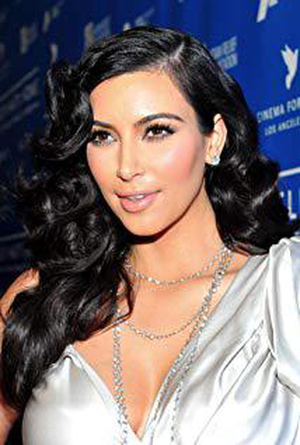 ผลการค้นหารูปภาพสำหรับ kim kardashian