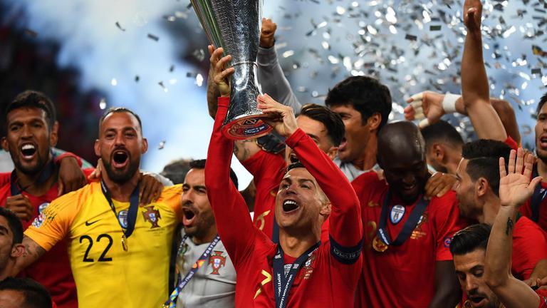"""""""โปรตุเกส"""" เฉือน """"ฮอลแลนด์""""1-0ซิวแชมป์เนชั่นส์ลีก"""