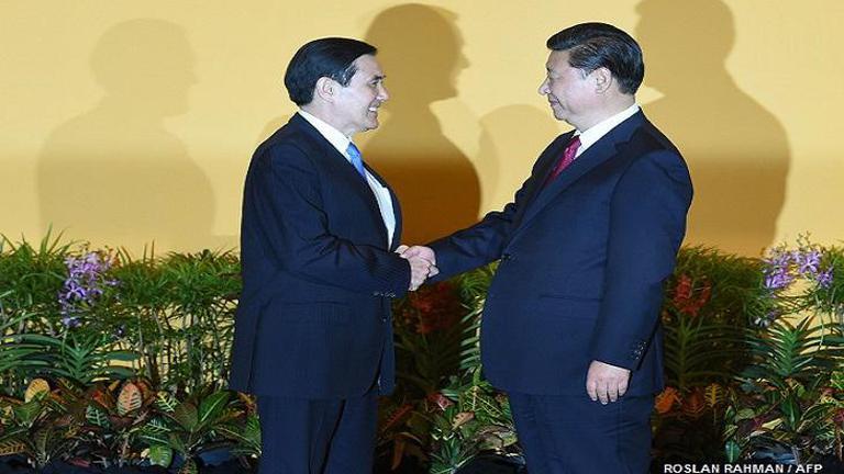 ผู้นำจีน-ไต้หวัน พบกันครั้งประวัติศาสตร์ (คลิป)