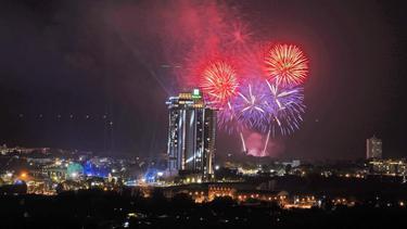 โรงแรมฮอลิเดย์ อินน์ วานา นาวา หัวหิน จัดงานเปิดตัวอลังการ  อวดโฉมรีสอร์ตสวนน้ำแห่งแรกในเอเชียของแบรนด์ฮอลิเดย์ อินน์เต็มรูปแบบ ชวนคนดังทั่วฟ้าเมืองไทยร่วมงานอย่างคับคั่ง