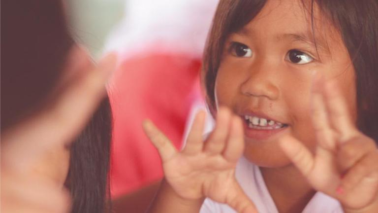 พัฒนาการที่ดีเริ่มต้นที่พ่อแม่ ยูนิเซฟหนุนทำหกขวบลูกให้เป็นหกปีทอง