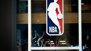 """""""NBA"""" เจรจา """"ดิสนีย์""""ขอใช้สถานที่แข่งเกมที่เหลือ"""