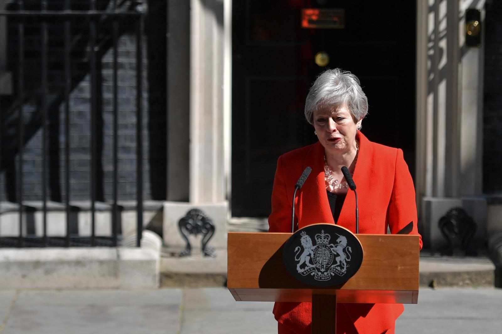 เทเรซา เมย์ ประกาศลาออกจากนายกฯอังกฤษ