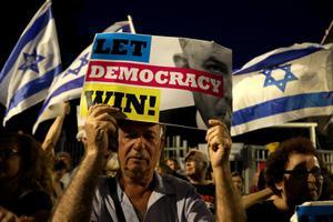ชาวอิสราเอลไม่พอใจนายกฯยุบสภา จวกนักการเมืองบางคน เห็นแก่ประโยชน์ส่วนตัว
